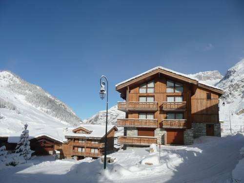 Les Chalets Du Jardin Alpin : Guest accommodation near Val-d'Isère