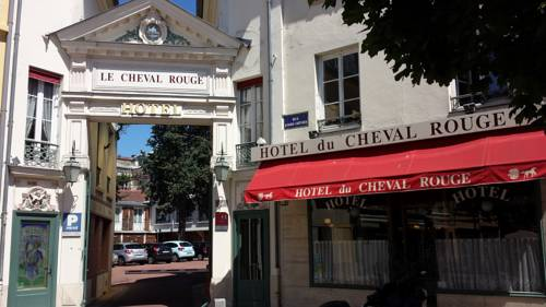 Hôtel du Cheval Rouge : Hotel near Yvelines