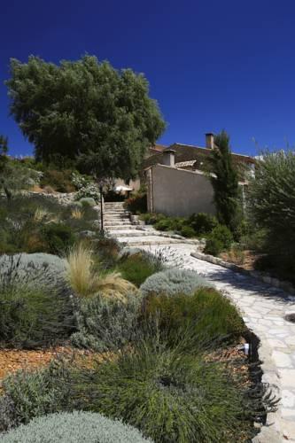 Domaine des Sources : Resort near La Brillanne