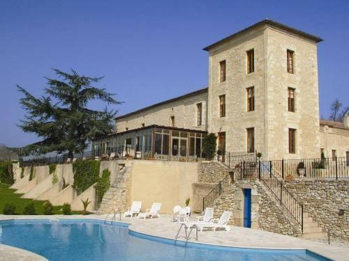 Château de Sanse : Guest accommodation near Saint-Seurin-de-Prats