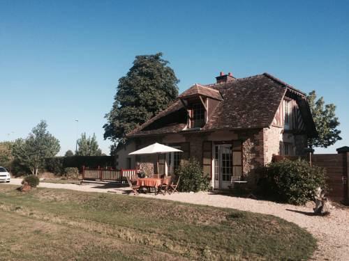 Le Pavillon Du Domaine : Guest accommodation near Gazeran