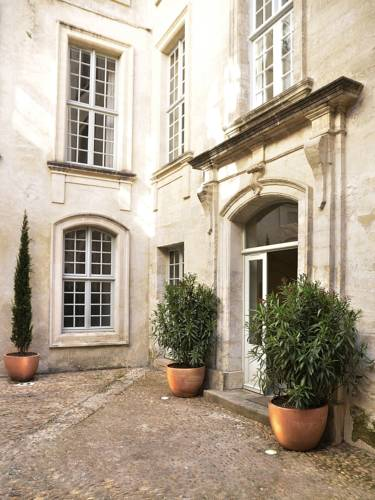 Maison Mademoiselle Avignon : Hotel near Provence-Alpes-Côte d'Azur