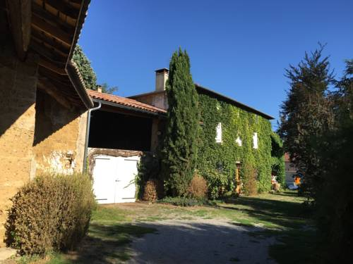 Magnificent Renovated Farmhouse : Guest accommodation near Bougé-Chambalud