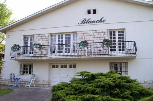Villa Villeneuve Sur Lot : Guest accommodation near Pujols