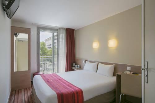 Kyriad Hotel Paris Bercy Village : Hotel near Paris 12e Arrondissement