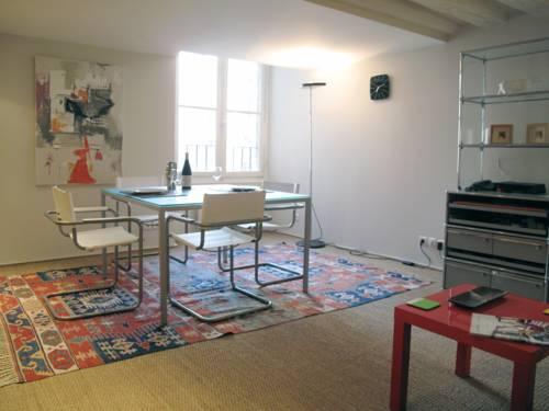 Apartment Louvre Bourdonnais : Hotel near Paris