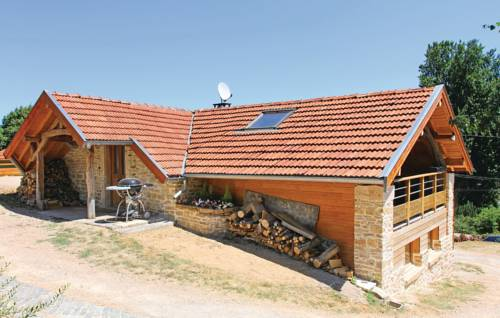 Holiday Home Panossas with a Fireplace 01 : Guest accommodation near L'Isle-d'Abeau