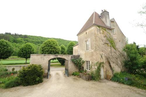Chateau De Sermizelles : Guest accommodation near Arcy-sur-Cure
