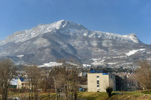 Ibis Budget Grenoble Sud Seyssins : Hotel near Échirolles