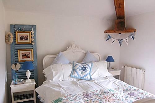 The Old School B&B : Hotel near Puy-de-Dôme