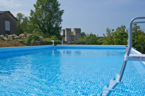 Moulin Des Tours : Bed and Breakfast near Ambrus
