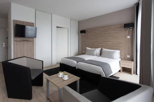 Tulip Inn Lille Grand Stade Residence : Guest accommodation near Villeneuve-d'Ascq