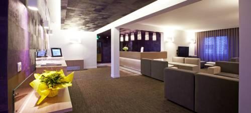 Kyriad Valence Nord Bourg-Les-Valence : Hotel near Cornas