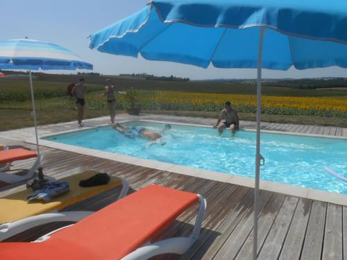 Gîtes Domaine Des Cadets Gascogne : Guest accommodation near Lectoure
