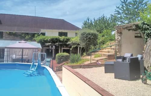Apartment Ellesmere House : Apartment near Saint-Priest-les-Fougères