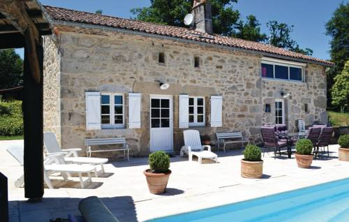 Holiday home Pouzol : Guest accommodation near Abjat-sur-Bandiat