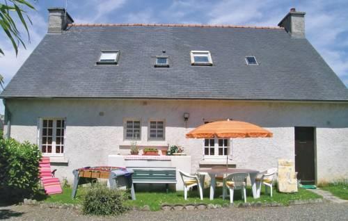 Holiday home Rue Des Ecoles : Guest accommodation near Trédrez-Locquémeau