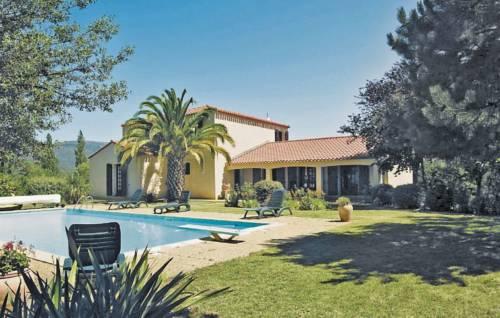 Holiday home Prades 9 : Guest accommodation near Prades