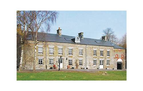 Holiday home Château de Bremesnil P-836 : Guest accommodation near Saint-Georges-des-Groseillers