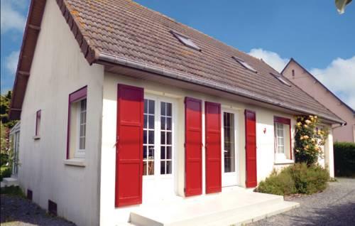Holiday home Rue Du Soleil Couchant : Guest accommodation near Anneville-sur-Mer