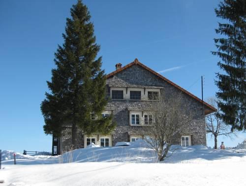 Au Bois de L'étable : Apartment near Cogna