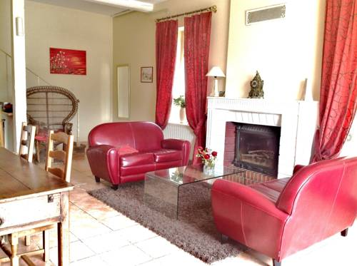 Les Malvaux : Bed and Breakfast near Archignat