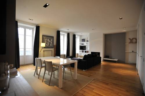 Appart' Jacobins : Hotel near Rhône-Alpes