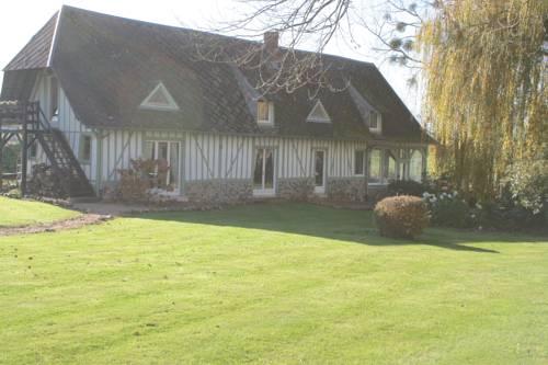 Gites du Clos Vorin : Guest accommodation near La Noë-Poulain