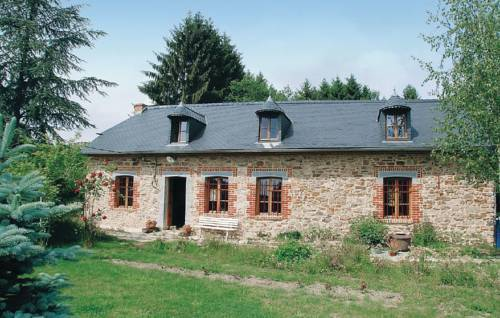 Holiday home Mondrepuis *LX * : Guest accommodation near Saint-Michel