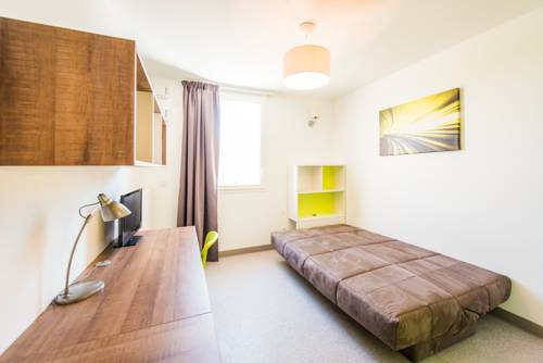 Apparteo Grenoble Green Lodge : Guest accommodation near Saint-Martin-d'Hères