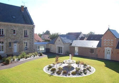 Hotel Le Relais De Fleurette : Hotel near Aguilcourt