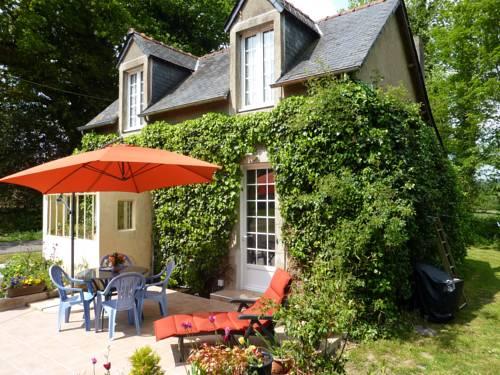 Gite De Kerjos : Guest accommodation near Laz