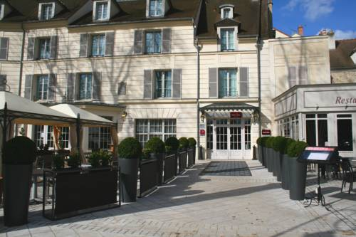 Mercure Relays Du Château : Hotel near Saint-Hilarion