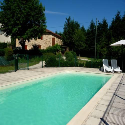 Gîte Châtaigne : Apartment near Angoisse