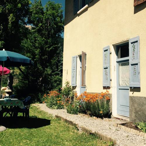 Le Chamois Bleu : Guest accommodation near Saint-Paul-sur-Ubaye