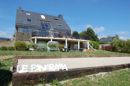 Le Panarama : Guest accommodation near Saint-Pierre-d'Arthéglise