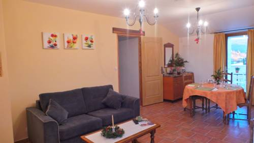 Le Mas Des Ferrayes : Bed and Breakfast near Banon
