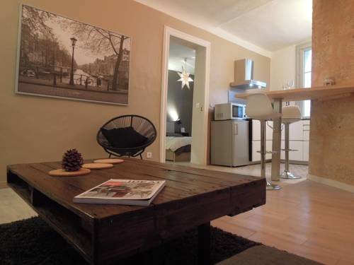 Colombet Stay's - Rue Rousseau : Apartment near Montpellier