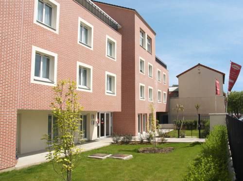 Séjours & Affaires Créteil Le Magistere : Residence near Saint-Maur-des-Fossés