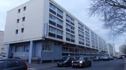 Hôtel Les Gens De Mer - Le Havre : Hotel near Le Havre
