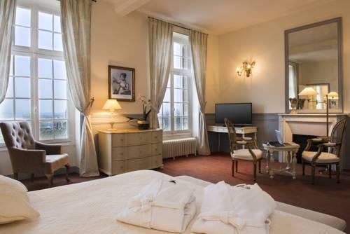 Hôtel Château de l'Hermitage : Hotel near Hérouville