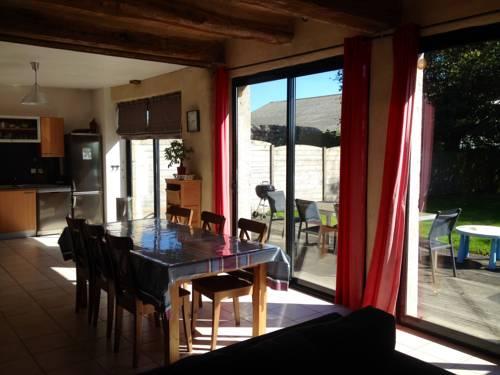 Vent d'Ouest : Guest accommodation near Penvénan
