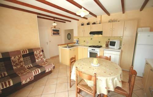 Holiday Home Douevas - 06 : Guest accommodation near Arras-sur-Rhône
