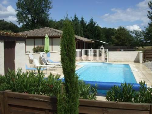 Orée Des Bois : Guest accommodation near Saint-Étienne-de-Villeréal