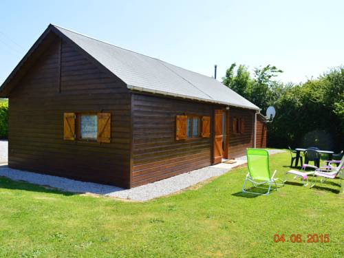 Holiday home Castel : Guest accommodation near Saint-Pierre-d'Arthéglise