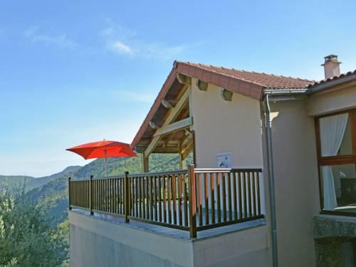 Villa Vue Panoramique Sur Val Du Chassezac : Guest accommodation near Sainte-Marguerite-Lafigère