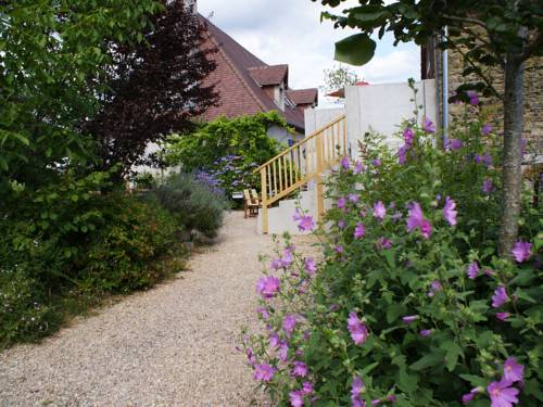 Holiday home Le Nid : Guest accommodation near Saint-Priest-les-Fougères