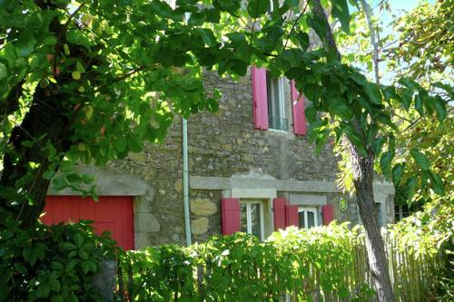 Maison De Vacances - La Caunette : Guest accommodation near Aigne