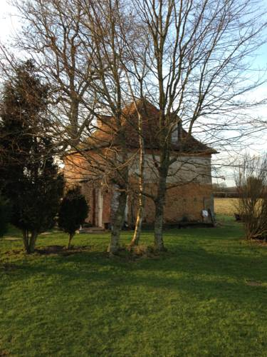 Manoir de la Belangère et Petit Cottage : Guest accommodation near La Ferté-Frênel