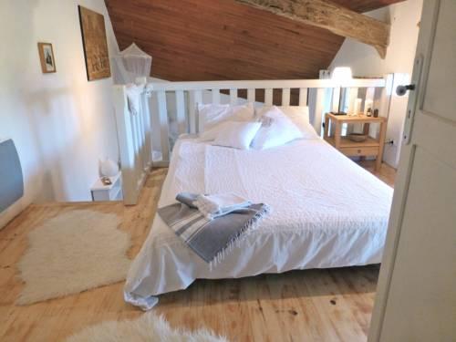La Maison Ânanda : Bed and Breakfast near Auradou